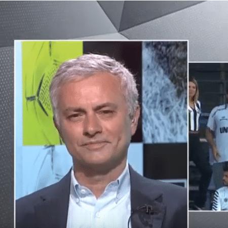 José Mourinho, durante participação antes de jogo do Santos na Sul-Americana - Reprodução/YouTube