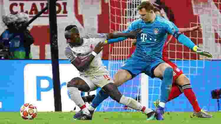 Mané dribla Neuer (foto) e toca com categoria para abrir o placar para o Liverpool - REUTERS/Michael Dalder