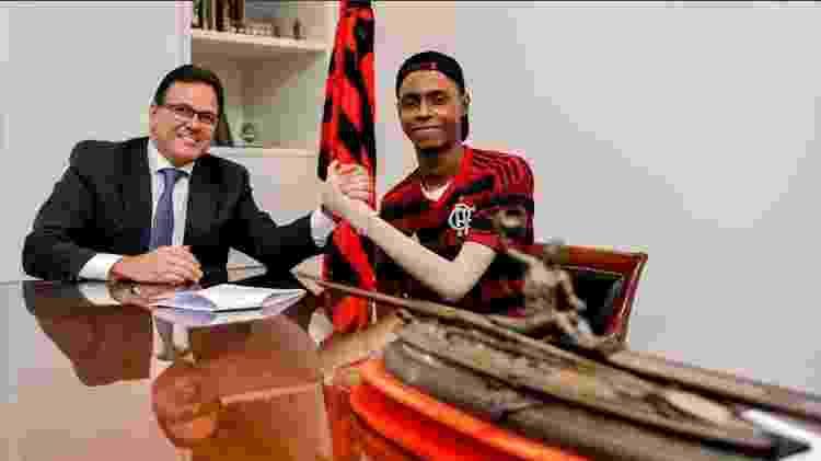 Jhonata Ventura e Dunshee de Abranches assinam acordo de indenização - Marcelo Cortes/Flamengo