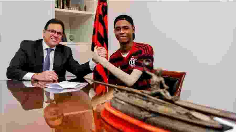 Jhonata Ventura fechou acordo de indenização com o Flamengo pelo incêndio no Ninho do Urubu - Marcelo Cortes/Flamengo