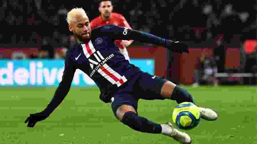 Neymar, durante partida entre PSG e Monaco -  Anne-Christine POUJOULAT / AFP