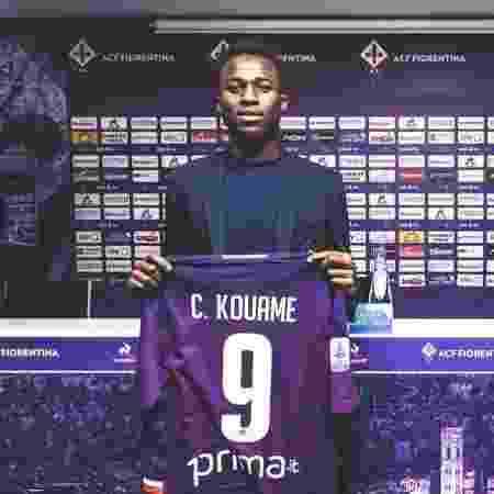 Christian Kouamé foi apresentado com a camisa 9 na Fiorentina - Divulgação