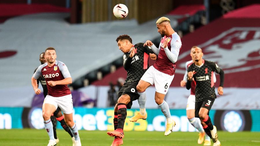 Liverpool de Roberto Firmino foi goleado por 7 a 2 pelo Aston Villa no Campeonato Inglês - Peter Powell - Pool/Getty Images