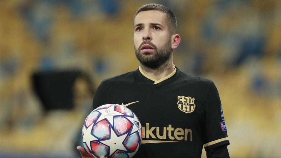 Jordi Alba, lateral do Barcelona, falou que é um dos jogadores mais odiados do futebol - REUTERS/Valentyn Ogirenko