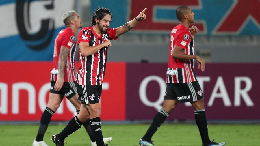 Benítez comemora gol do São Paulo contra o Sporting Cristal, pela Libertadores - Getty Images