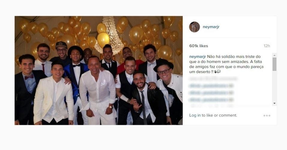 Neymar passou a virada do ano ao lado de familiares e amigos