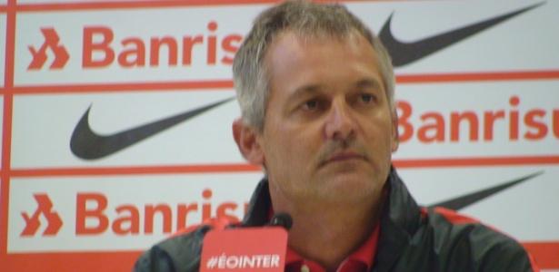 Lisca é apresentado como treinador do Internacional para três jogos - Marinho Saldanha/UOL