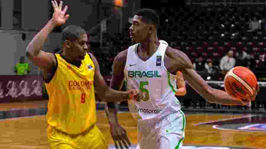 Bruno Caboclo em ação pela seleção brasileira contra a Colômbia - Pablo Oriz/Super 4 Salta