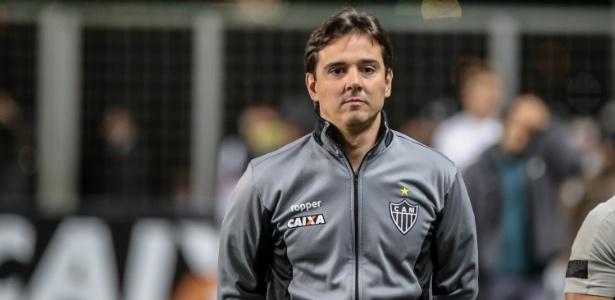 Thiago Larghi deixou o cargo de técnico do Atlético-MG na noite dessa quinta-feira