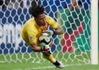 Suárez erra, Peru vence Uruguai nos pênaltis e pega o Chile na semifinal - Ricardo Moraes/Reuters