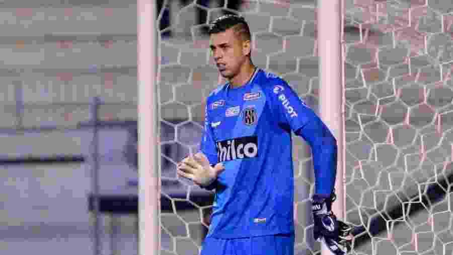 Ivan, goleiro da Ponte Preta convocado por Tite - PontePress/ÁlvaroJr