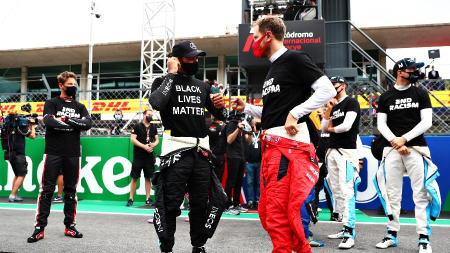 Lewis Hamilton e Sebastian Vettel antes de largada do GP de Portugal - Dan Istitene - Formula 1/Formula 1 via Getty Images