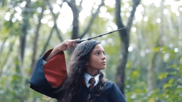 """Rayssa Leal em festa temática de """"Harry Potter"""""""