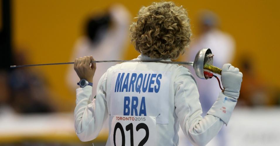 Yane Marques depois da prova de esgrima do pentatlo moderno