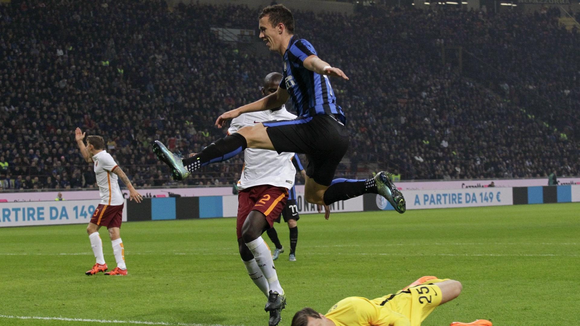 Com o resultado, a Inter chega a 24 pontos e supera a própria Roma, que fica com 23