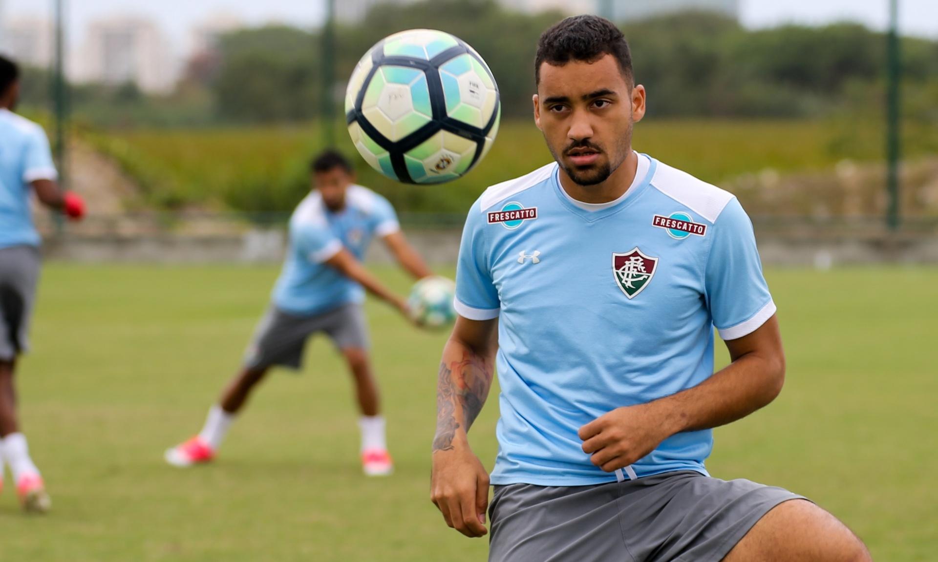 Fluminense acerta empréstimo de Robinho para o América-MG - Esporte - BOL 1a320936b099e
