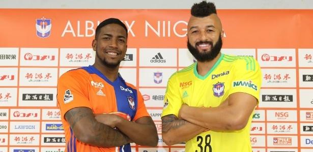 Thalles, ex-Vasco, e Alex Muralha, ex-Flamengo, agora são companheiros de time - Divulgação