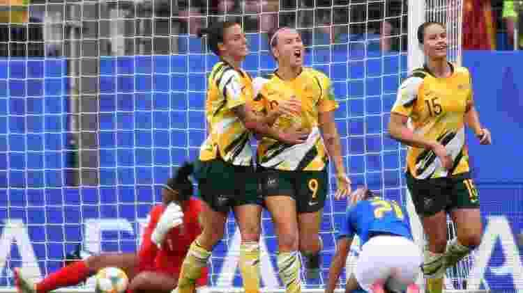 Foord comemora após marcar gol pela Austrália contra o Brasil - PASCAL GUYOT/AFP - PASCAL GUYOT/AFP