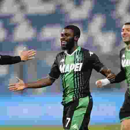 Jérémie Boga, jogador do Sassuolo, comemora gol na Itália - Divulgação