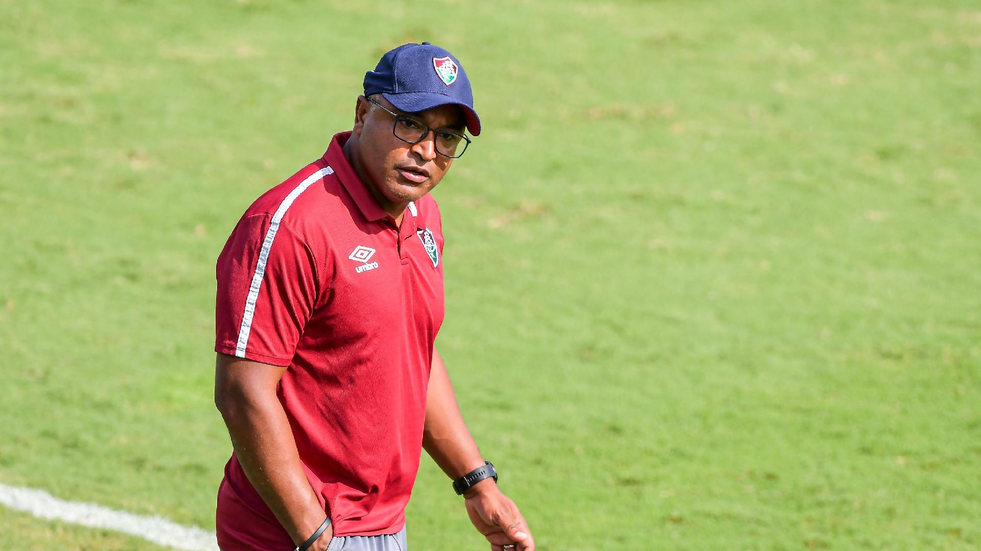 Roger Machado, técnico do Fluminense, durante a partida contra o Cuiabá