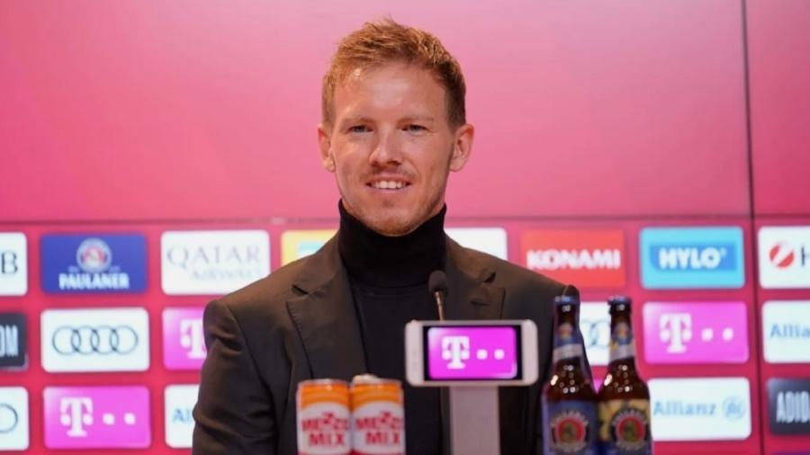 Treinador, ex-RB Leipzig, tem 33 anos e se mostrou feliz pelo desafio de treinar a equipe de Munique - Divulgação/FCBayern