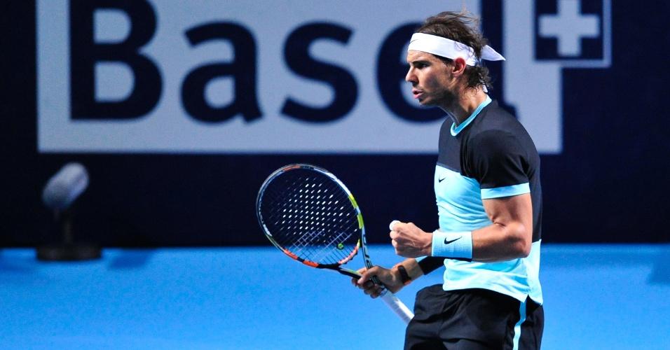 Rafael Nadal comemora ponto conquistado sobre Marin Cilic, no ATP 500 da Basileia