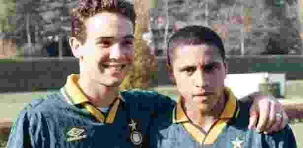 Caio Ribeiro e Roberto Carlos foram companheiros na Internazionale de Milão - Reprodução/Twitter - Reprodução/Twitter