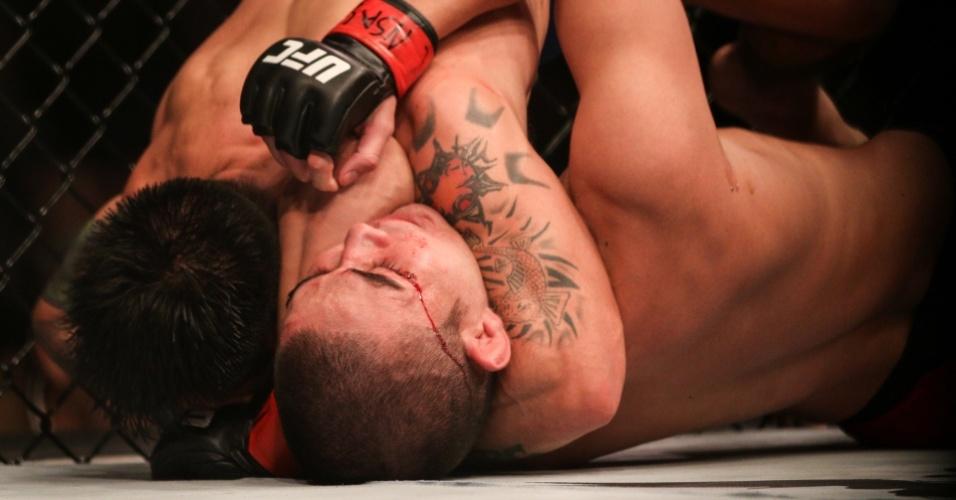 Ray Borg venceu Louis Smolka pelo peso mosca no UFC 207