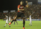 Autor de gol do Bahia critica arbitragem e vê