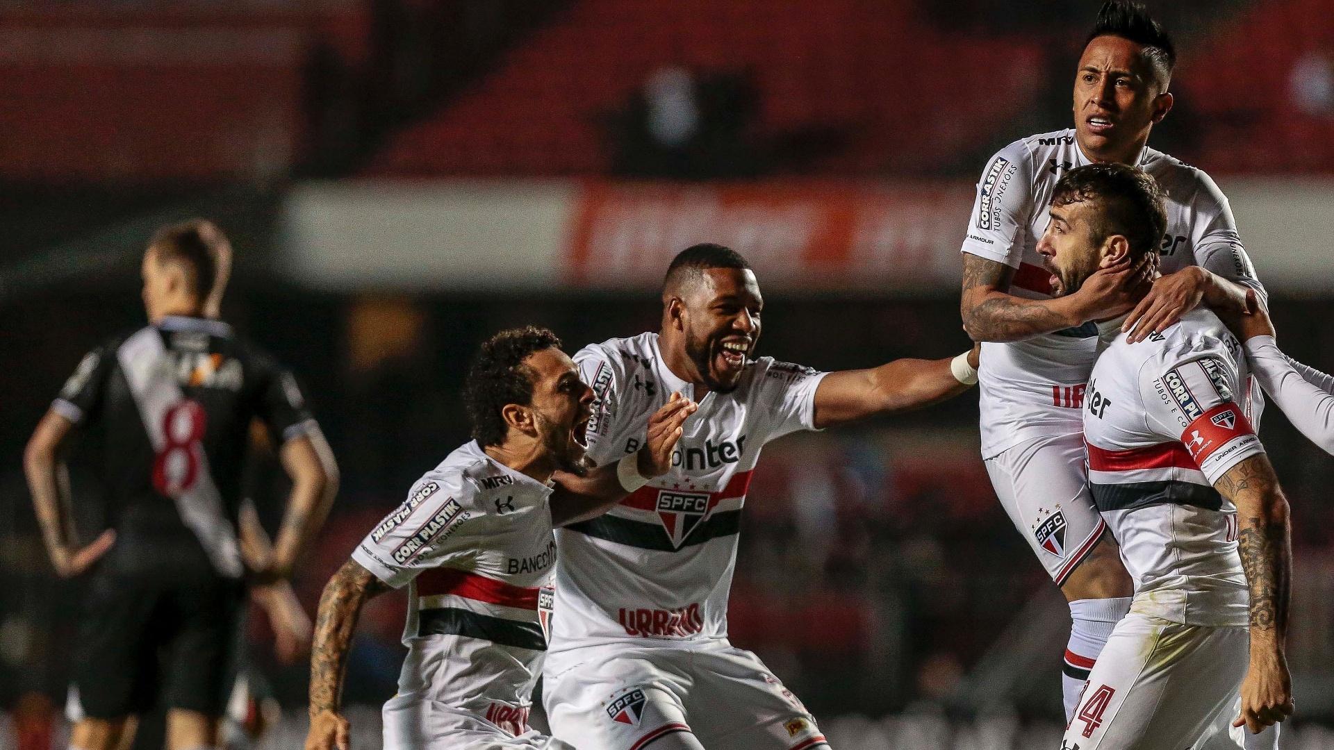 Lucas Pratto abriu o placar para o São Paulo contra o Vasco no Morumbi