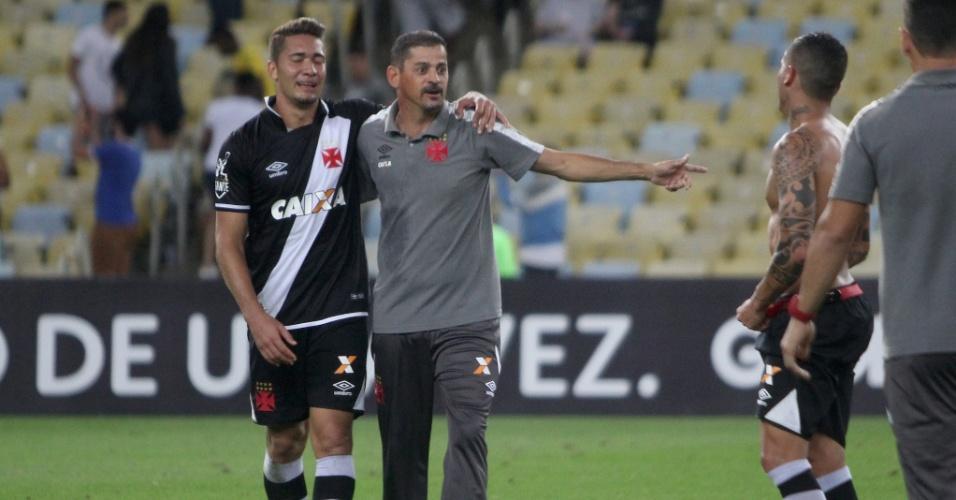 Valdir Bigode foi técnico do Vasco na vitória contra o Fluminense