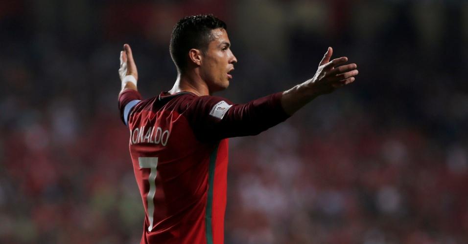 Cristiano Ronaldo durante a partida de Portugal contra a Suíça pelas Eliminatórias da Copa