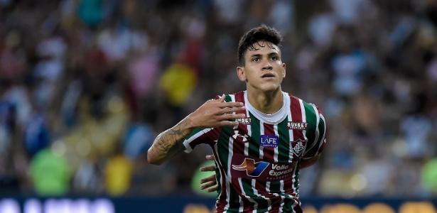 Pedro pode se tornar o artilheiro mais jovem da era profissional do Fluminense - Thiago Ribeiro/AGIF