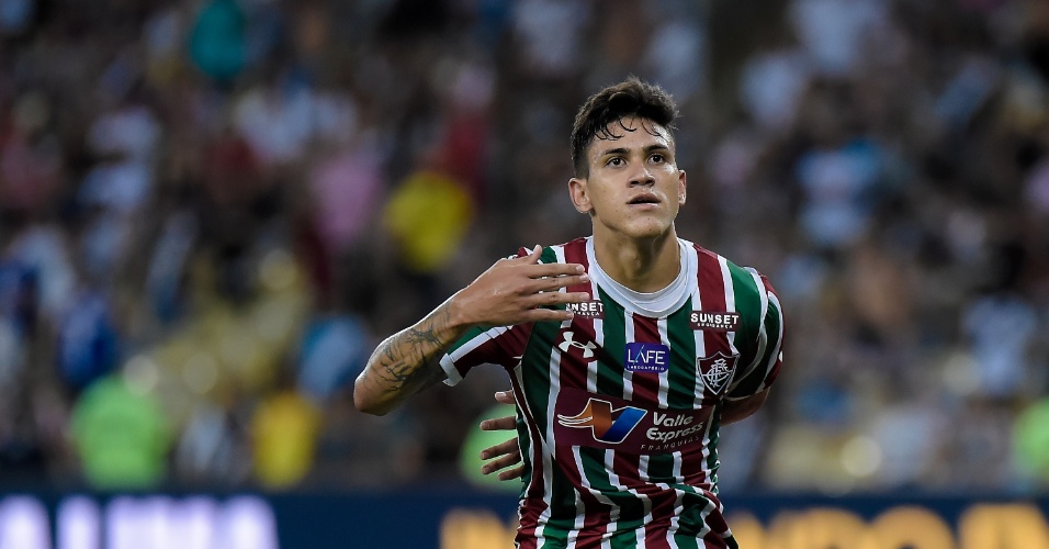 Pedro comemora gol do Fluminense feito contra o Vasco pelo Campeonato Carioca