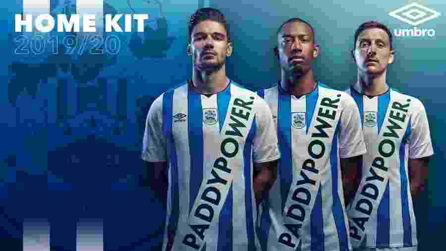 Imprensa cogita veto a novo uniforme do Huddersfield Town por violar diretriz da FA - Huddersfield Town AFC/Divulgação