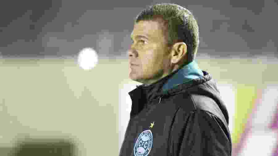 O técnico Umberto Louzer foi demitido pelo Coritiba - divulgação/Coritiba