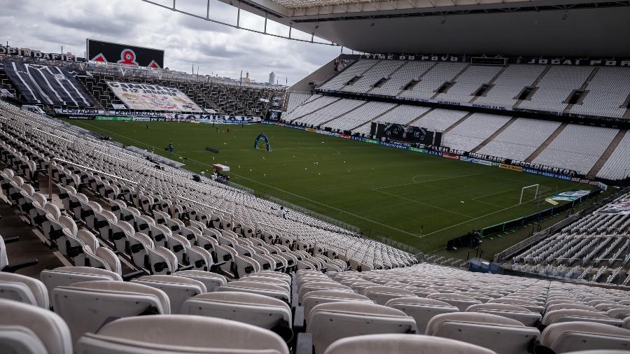 Arquibancadas estão vazias nos estádios desde o início da pandemia, em 2020 - Ettore Chiereguini/Ettore Chiereguini/AGIF
