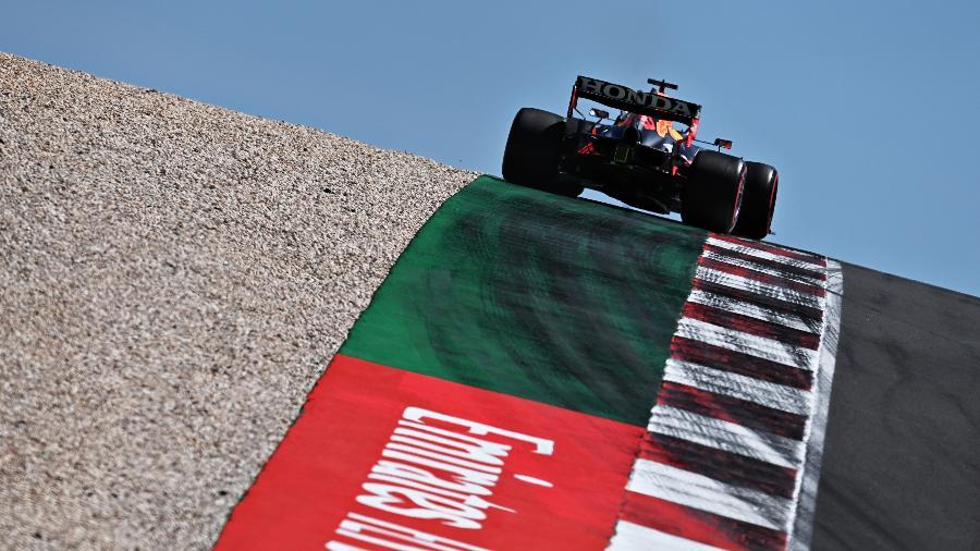 Max Vertappen no treino classificatório do GP de Portugal - Clive Mason - Formula 1/Formula 1 via Getty Images