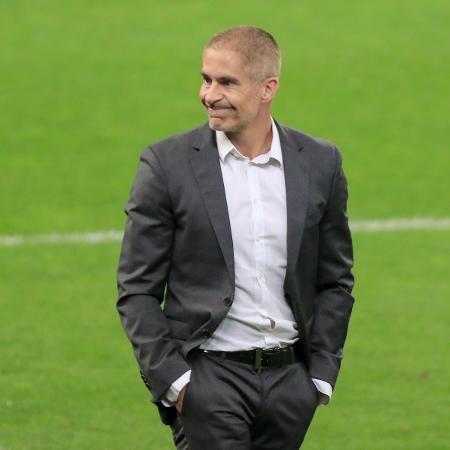 Sylvinho, técnico do Corinthians, durante partida contra o Atlético-GO, pela Copa do Brasil 2021. - Marcello Zambrana/AGIF