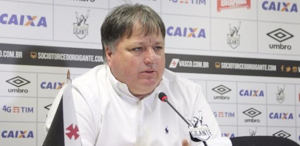 Anderson Barros trabalha no futebol do Vasco, mas interessa ao rival Botafogo