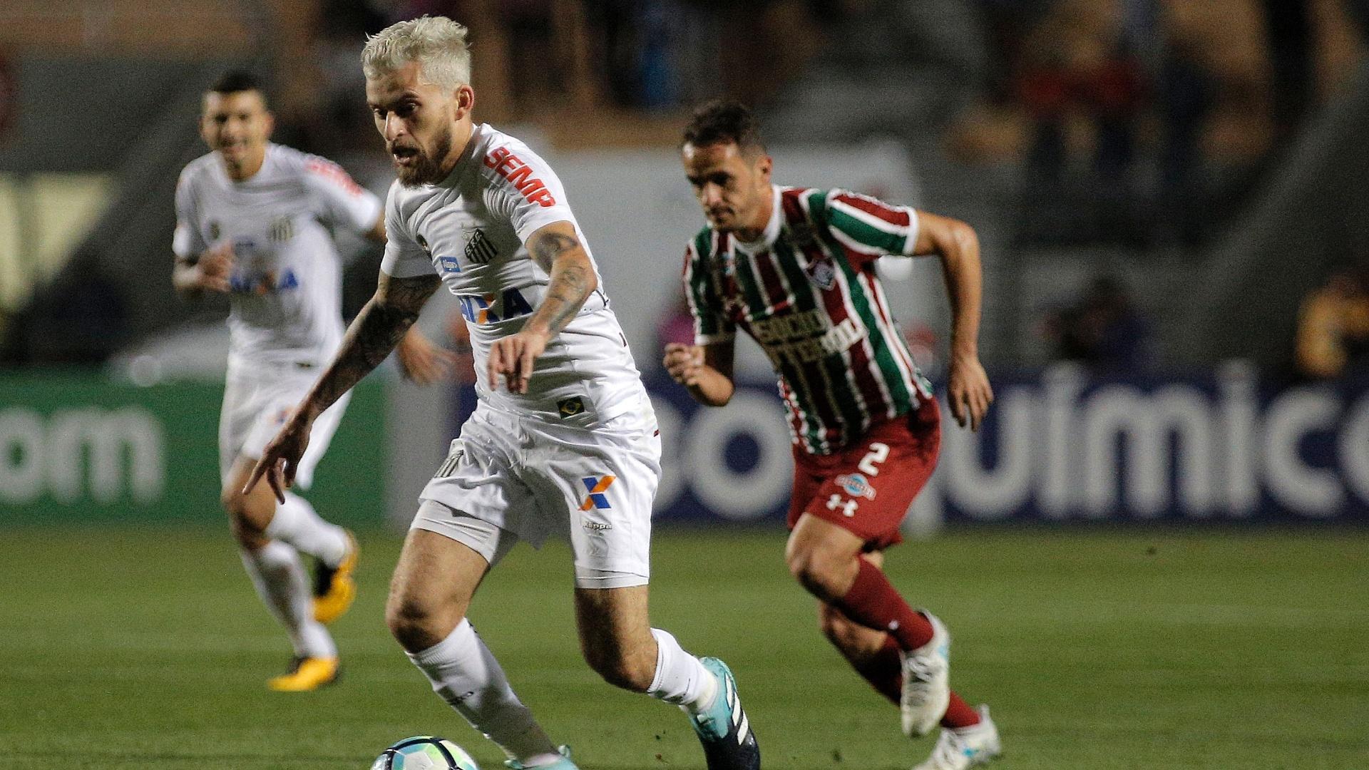 Lucas Lima no jogo entre Santos e Fluminense pelo Campeonato Brasileiro