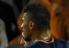 Com Paulinho titular, Barcelona supera expulsão de Piqué e bate Olympiacos - Lluis Gene/AFP