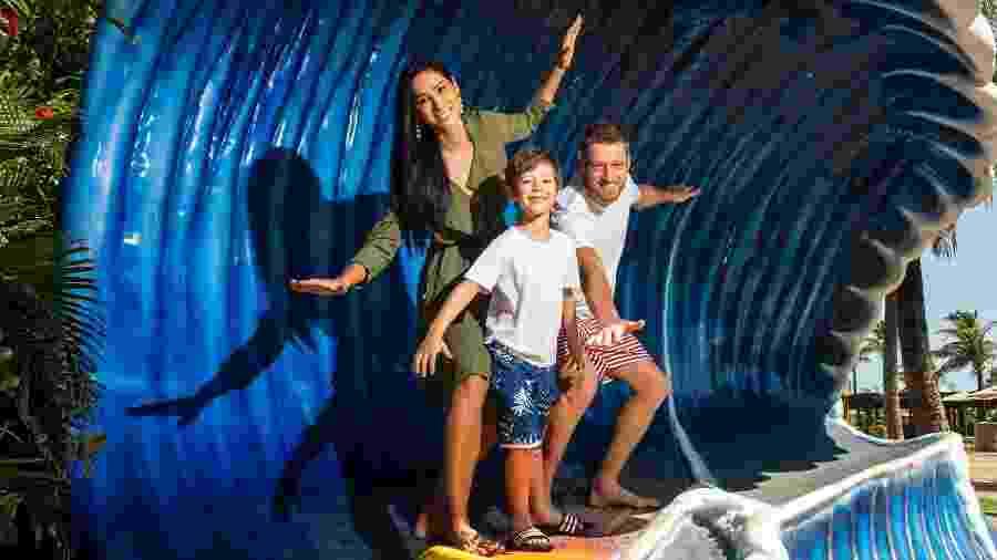 Jaqueline, Murilo e o filho Arthur curtindo férias - Igor de Melo/Beach Park