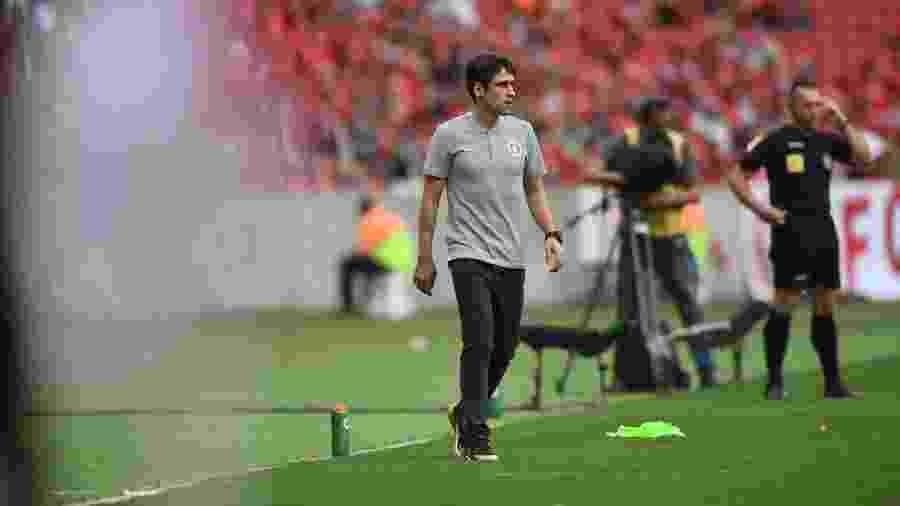 Ricardo Colbachini, técnico do Inter, teve estreia contra o Santos - Ricardo Duarte/Inter