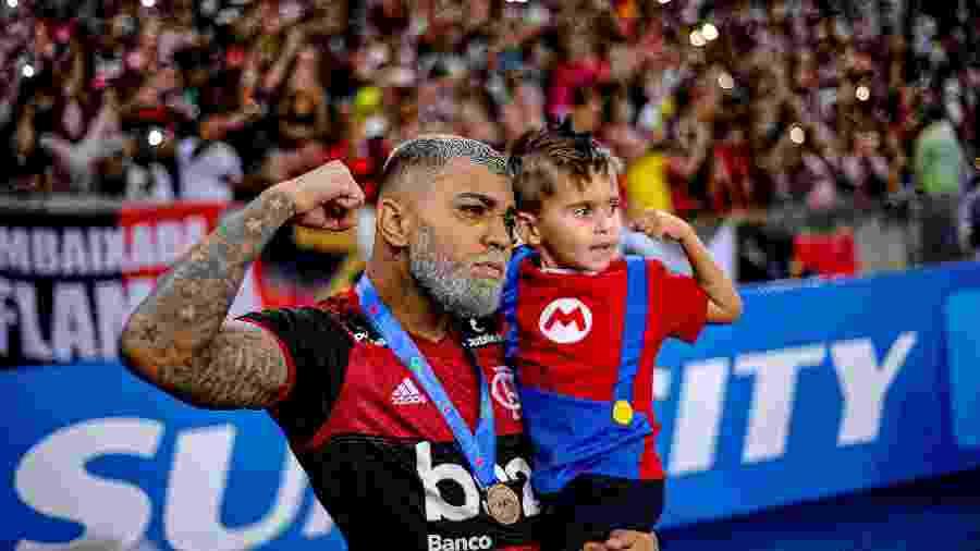 Gabigol tem se firmado como ídolo do Flamengo com gols e títulos -  Marcelo Cortes / Flamengo