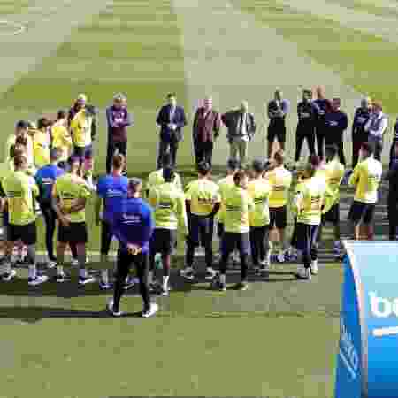 Jogadores do Barcelona são informados sobre suspensão de atividades - Divulgação/Barcelona
