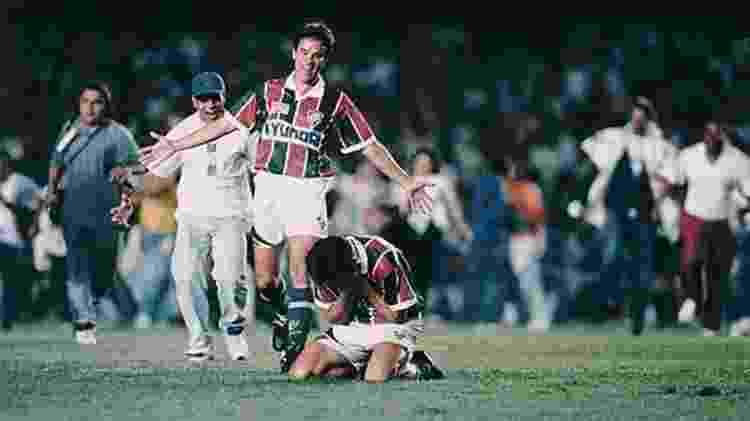 Ézio comemora título carioca de 1995, seu único pelo Fluminense - Acervo Flu Memória - Acervo Flu Memória