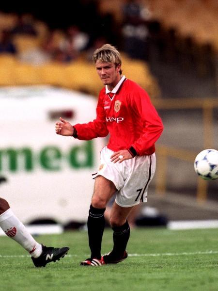 David Beckham na partida entre Manchester United e Necaxa, pelo Mundial de Clubes de 2000 - PA Images via Getty Images