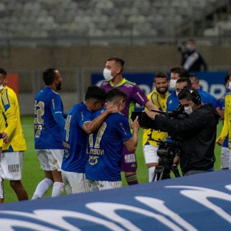Jogadores do Cruzeiro comemoram gol contra o Vasco pela Série B - Alessandra Torres/AGIF