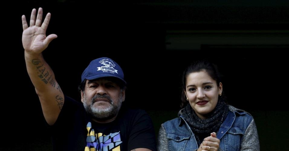 Maradona e a sua filha também prestigiaram a volta de Tevez ao Boca Juniors